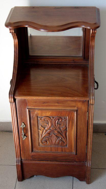 Carbonaia (cabinet pour tenir brasero) anglais en acajou massif, seconde moitié du XIXe siècle