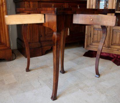 Table de jeu en palissandre antique