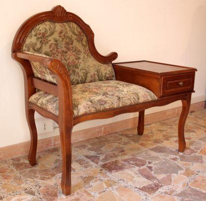Petit fauteuil de table avec extracteur